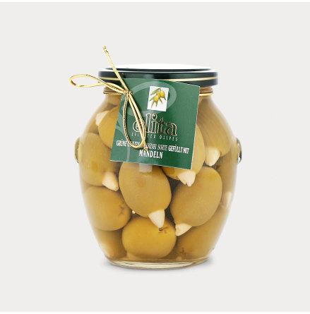 Gröna oliver med Mandel