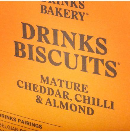 Biscuits Cheddar med rökt Chili & Mandel